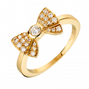Paved Knot ring